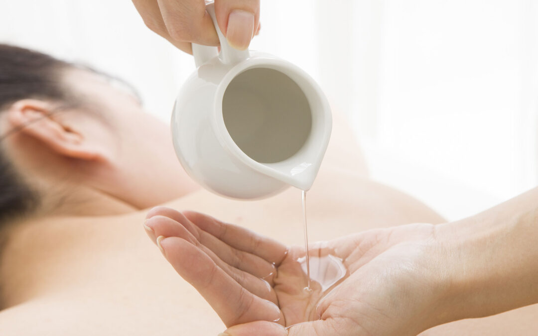 Possible Benefits Of Aromatherapy Massage For Breast Cancer Patients